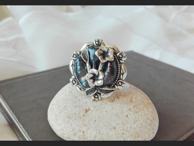 Dark Blue Pearls Victorian Ring
