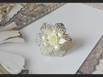 Victorian Style Pearls Ring